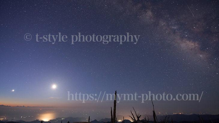 4月に見られること座流星群を大台ヶ原で撮影してきた
