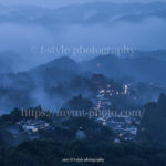 雨霧が包む吉野山はより歴史を感じるかも?