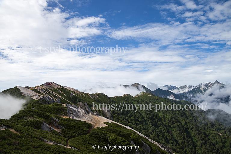 燕岳から槍ヶ岳方面の景色