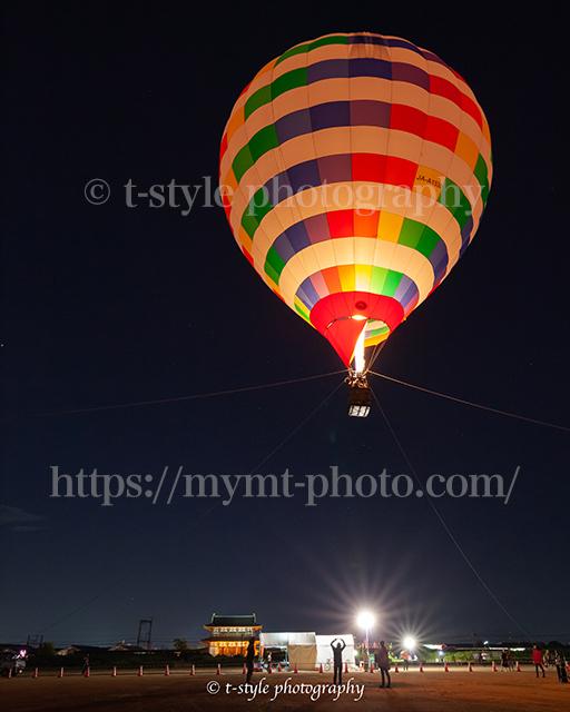 平城京天平祭で奈良の夜空に上がる熱気球